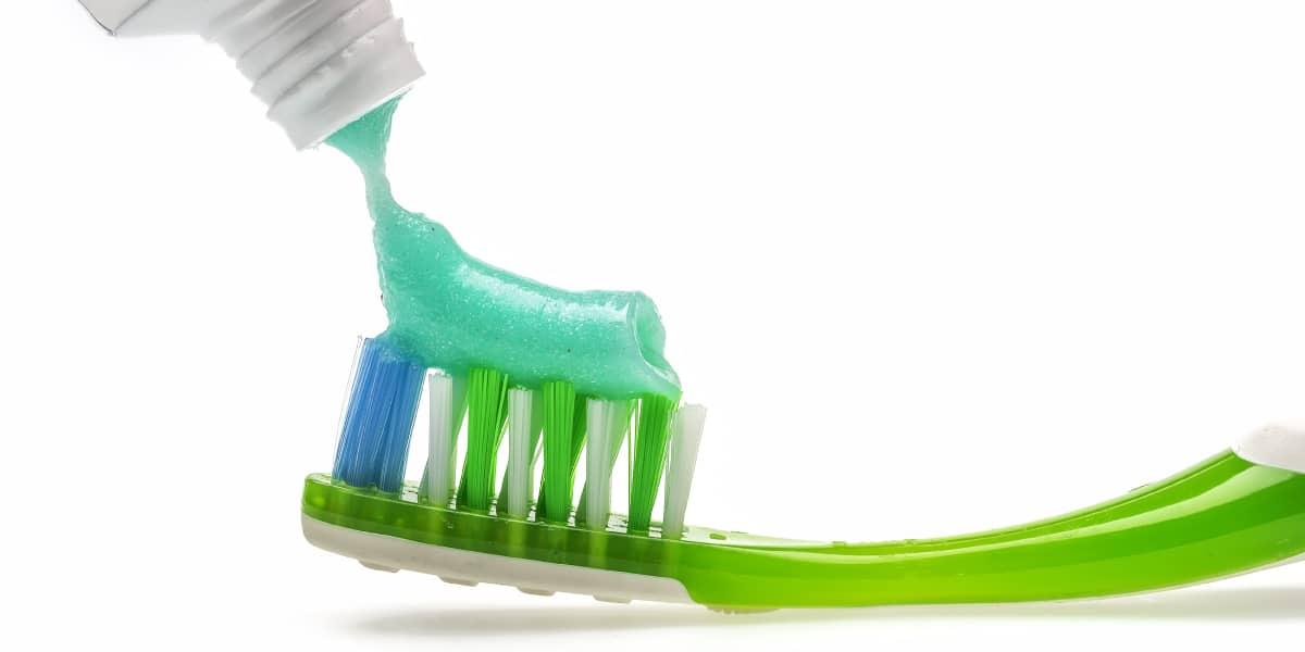 spazzolino manuale