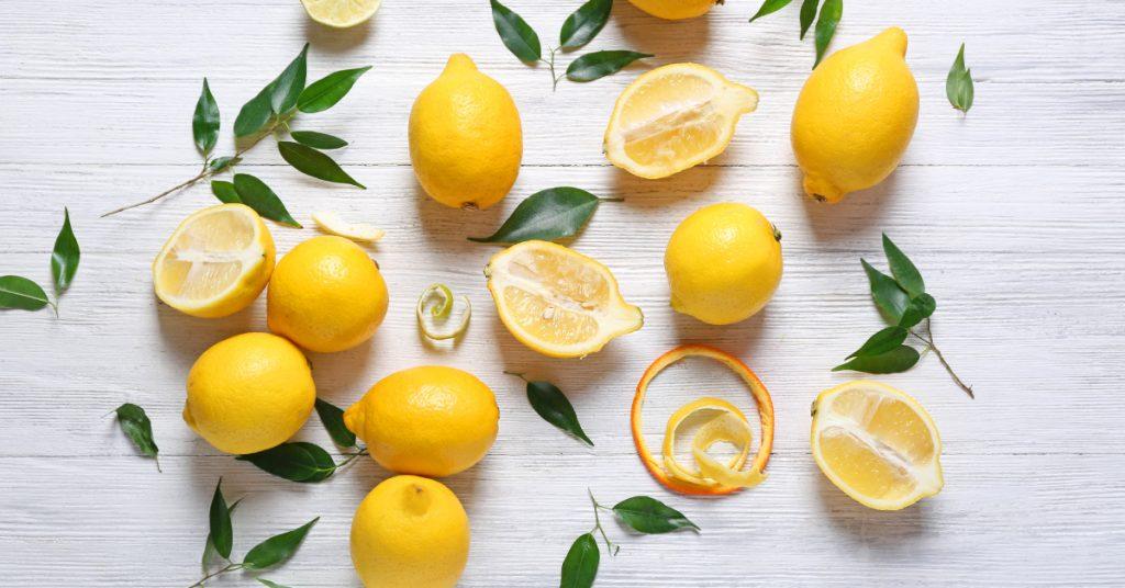 Limoni per sbiancare i denti